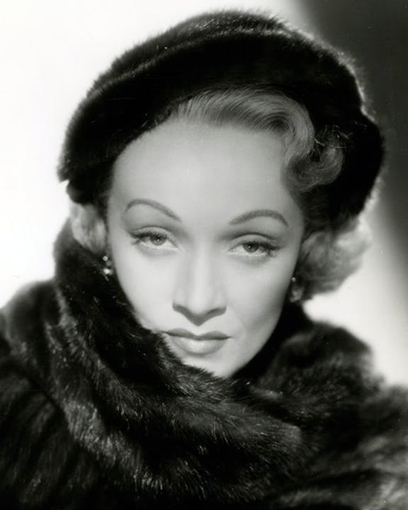 480px-Marlene_Dietrich_in_No_Highway_(1951)_(Cropped).png