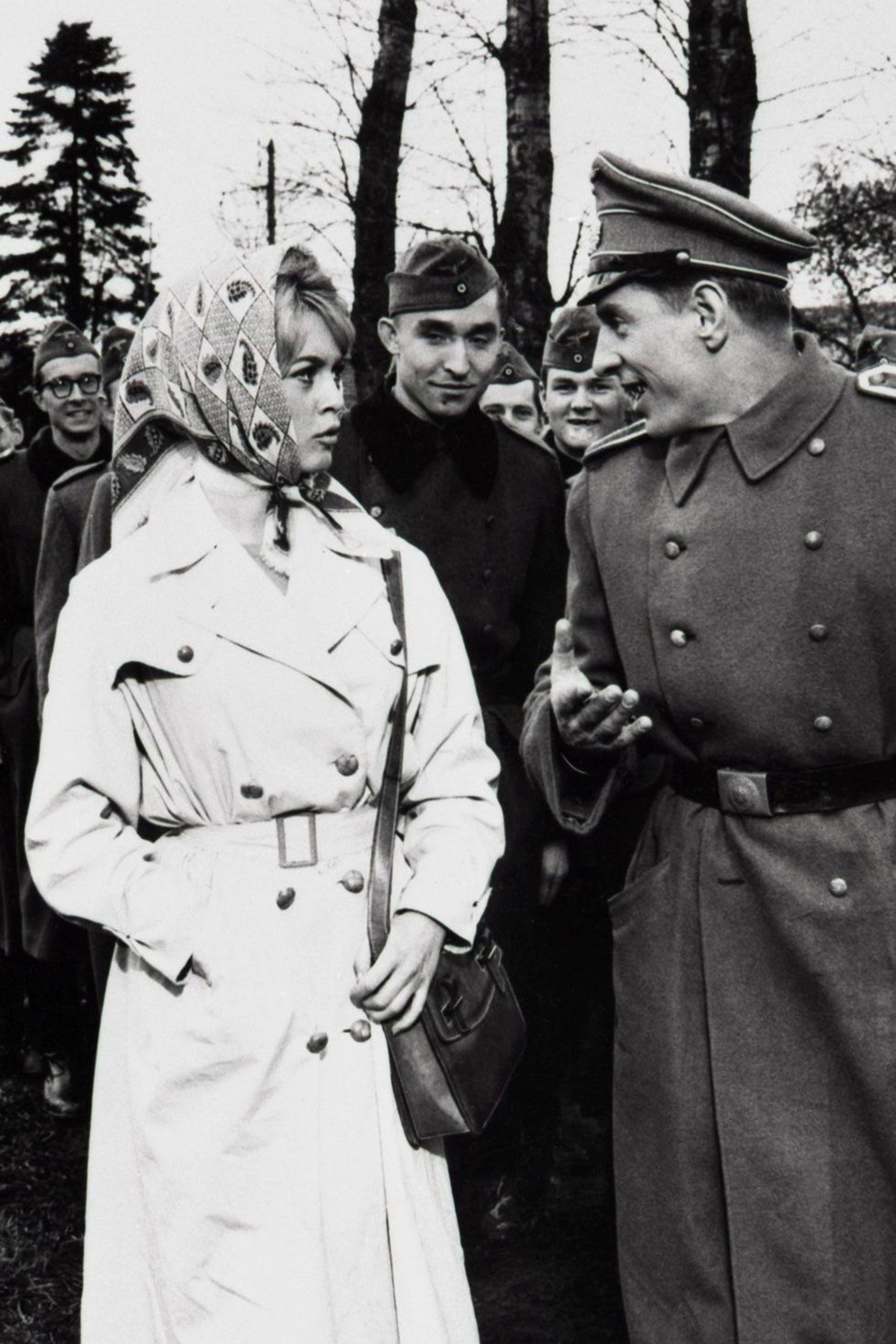 1554475694184350 brigitte bardot babette goes to war 1553626140