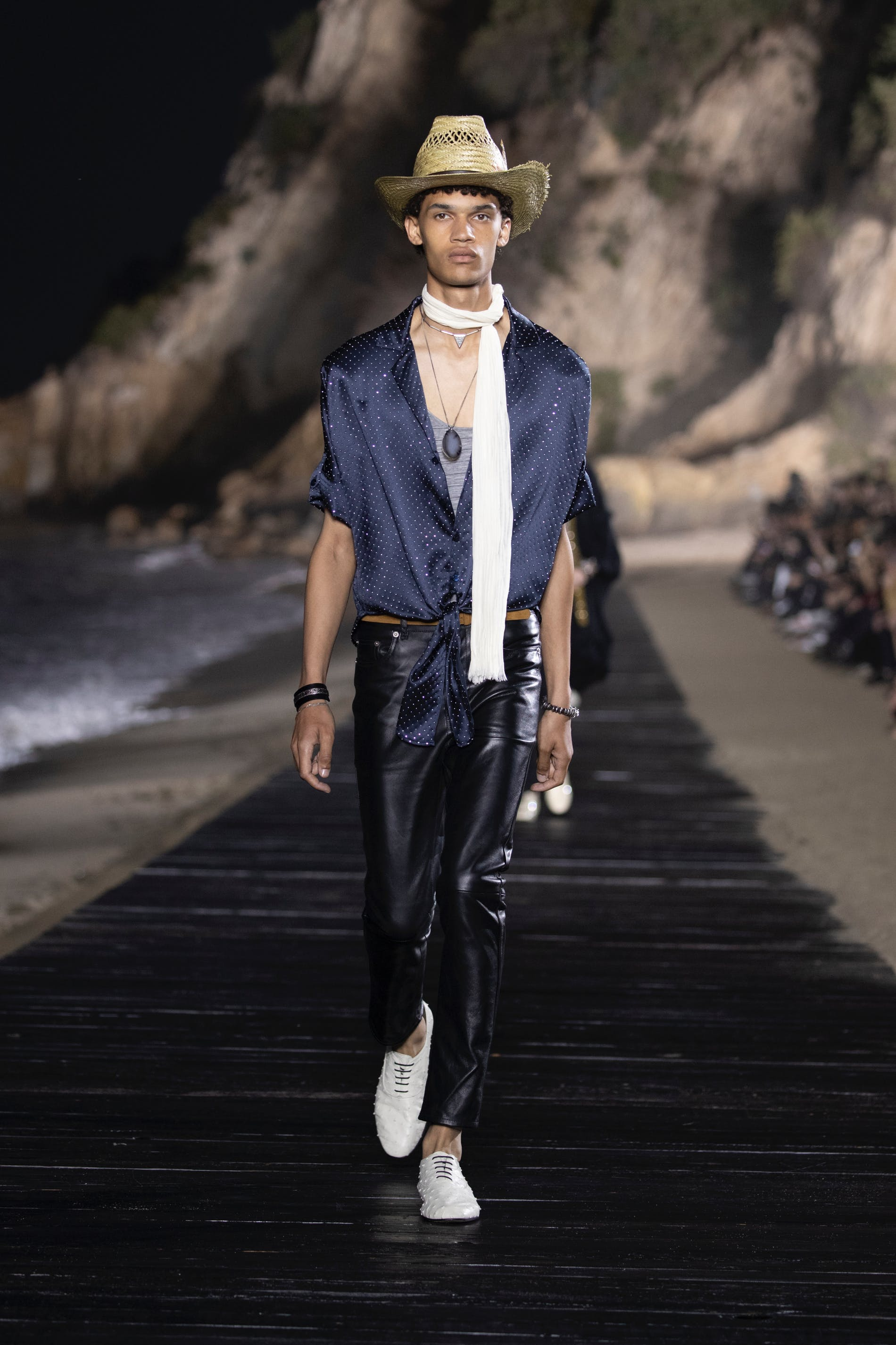 1559904717556002 saint laurent men ss20 runway 29 hr