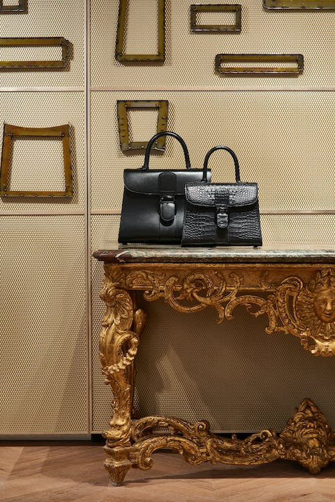 4.-A-French-18th-century-Régence-table-once-owned-by-financier-George-Jay-Gould-I-has-been-brought-back-to-Manhattan-by-Delvaux.jpg