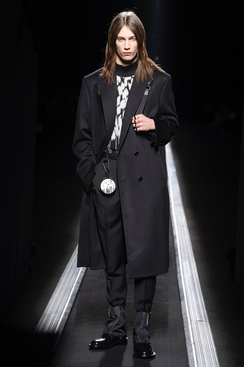 WINTER 19-20 COLLECTION LOOK 16.jpg