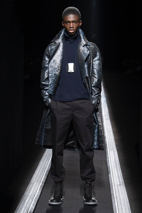 WINTER 19-20 COLLECTION LOOK 24.jpg