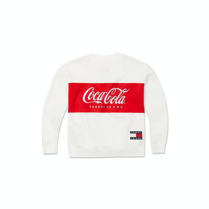 SS19_Tommy Hilfiger_TommyJeansXCoca-Cola_Sweater Women_Bright White_EUR99,90.jpg
