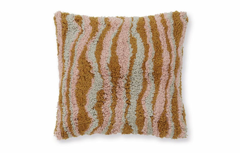 Orko_Minerals_Tufted_Cushion_50x50_PR01.jpg