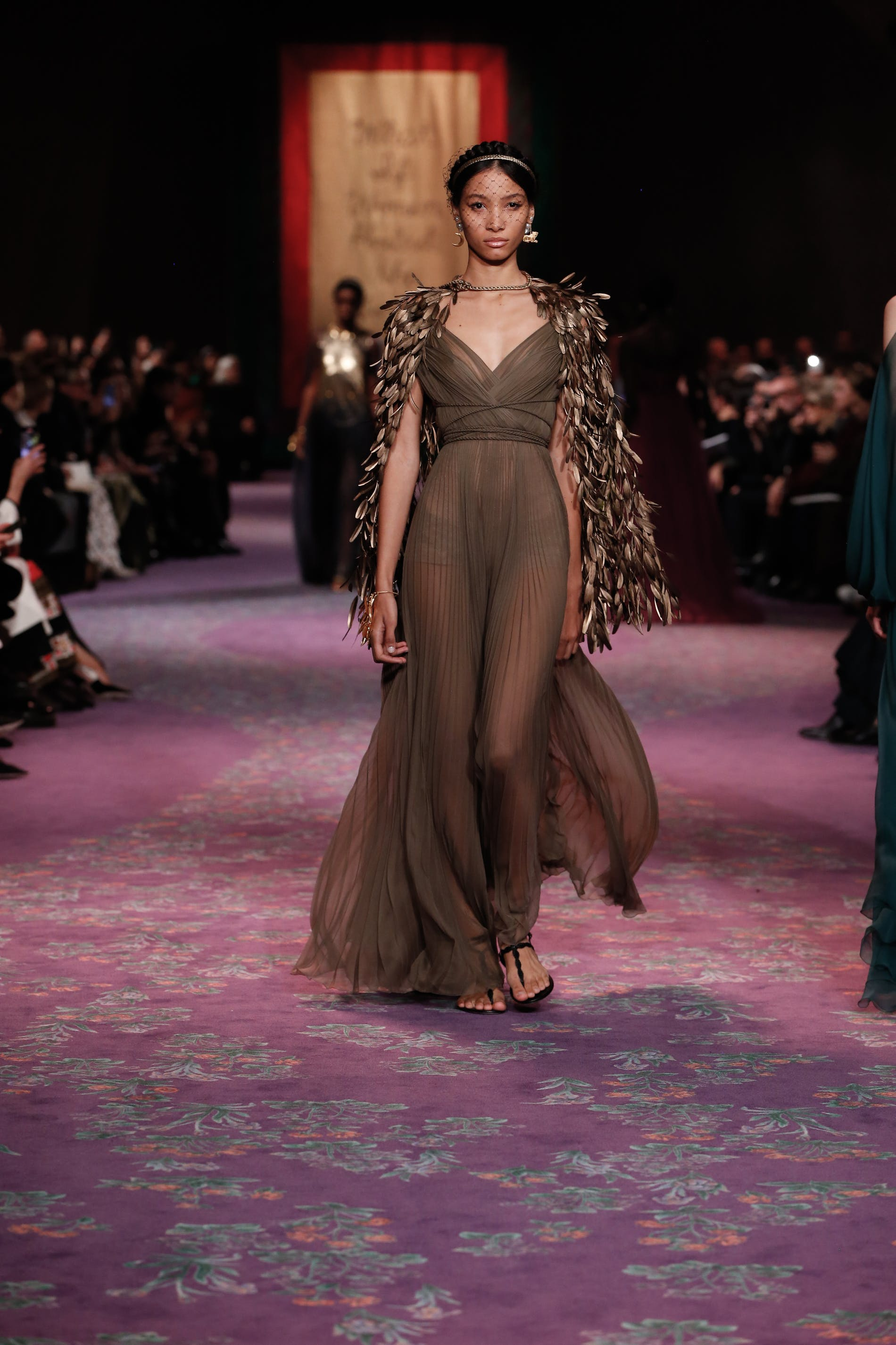 1579619400507040 dior haute couture spring summer 2020 key look 76