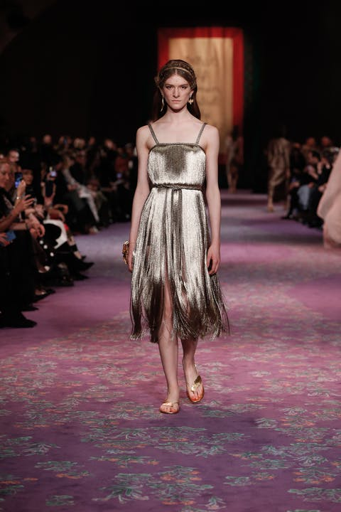 DIOR_HAUTE COUTURE_SPRING-SUMMER_2020_LOOK_9.jpg