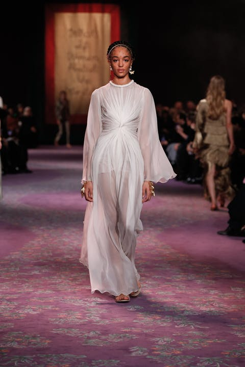 DIOR_HAUTE COUTURE_SPRING-SUMMER_2020_LOOK_14.jpg