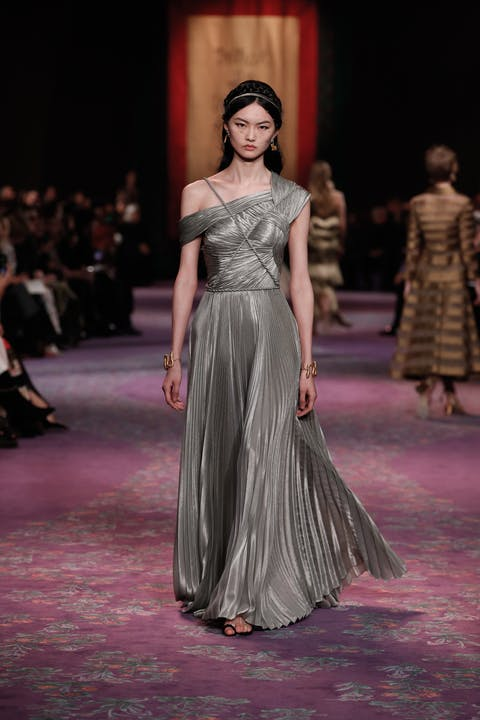 DIOR_HAUTE COUTURE_SPRING-SUMMER_2020_LOOK_15.jpg