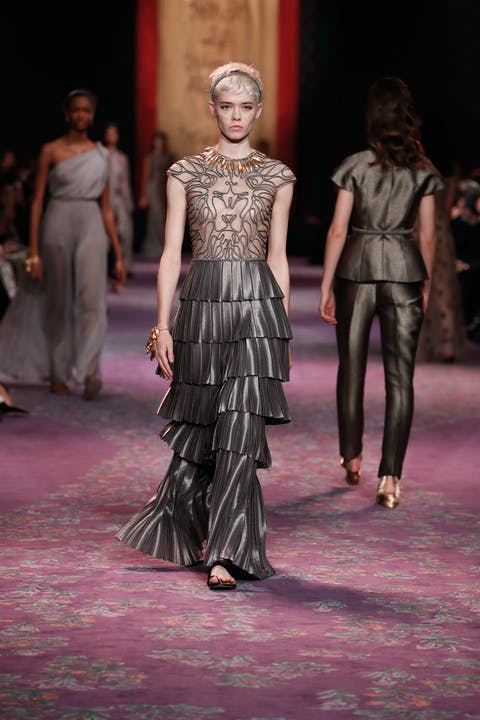 DIOR_HAUTE COUTURE_SPRING-SUMMER_2020_LOOK_39.jpg