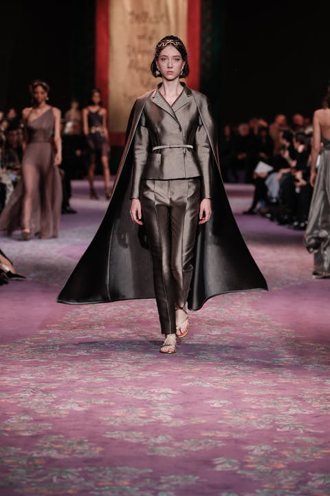 DIOR_HAUTE COUTURE_SPRING-SUMMER_2020_LOOK_49.jpg