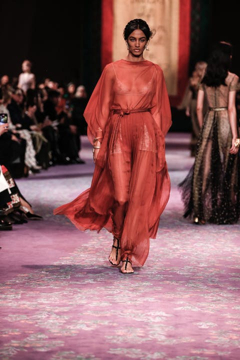 DIOR_HAUTE COUTURE_SPRING-SUMMER_2020_LOOK_60.jpg