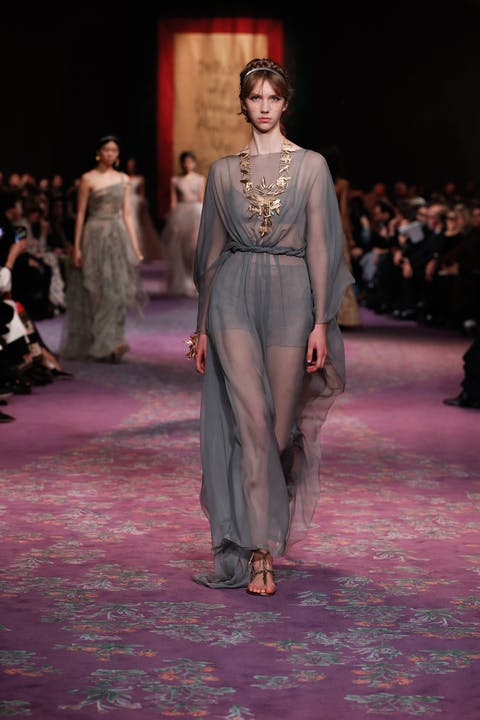 DIOR_HAUTE COUTURE_SPRING-SUMMER_2020_LOOK_65.jpg