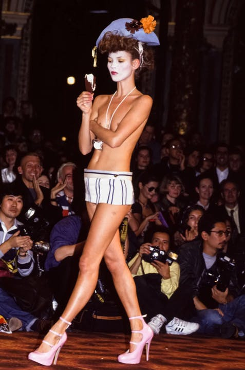 Kate-Moss-Best-Runway-Moments-Vivienne-Westwood-S:S-1995.png