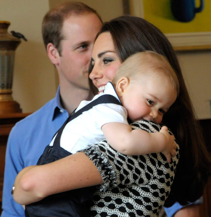 kate-middleton-baby-george.png