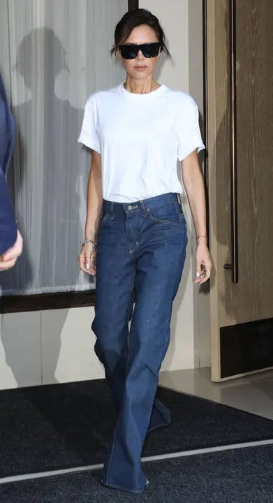 1618558944-victoria-beckham-style-young-2.webp