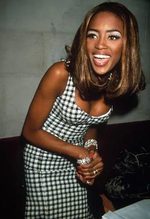1617732666-naomi-campbell-young-birthday-90s-supermodel-style.webp