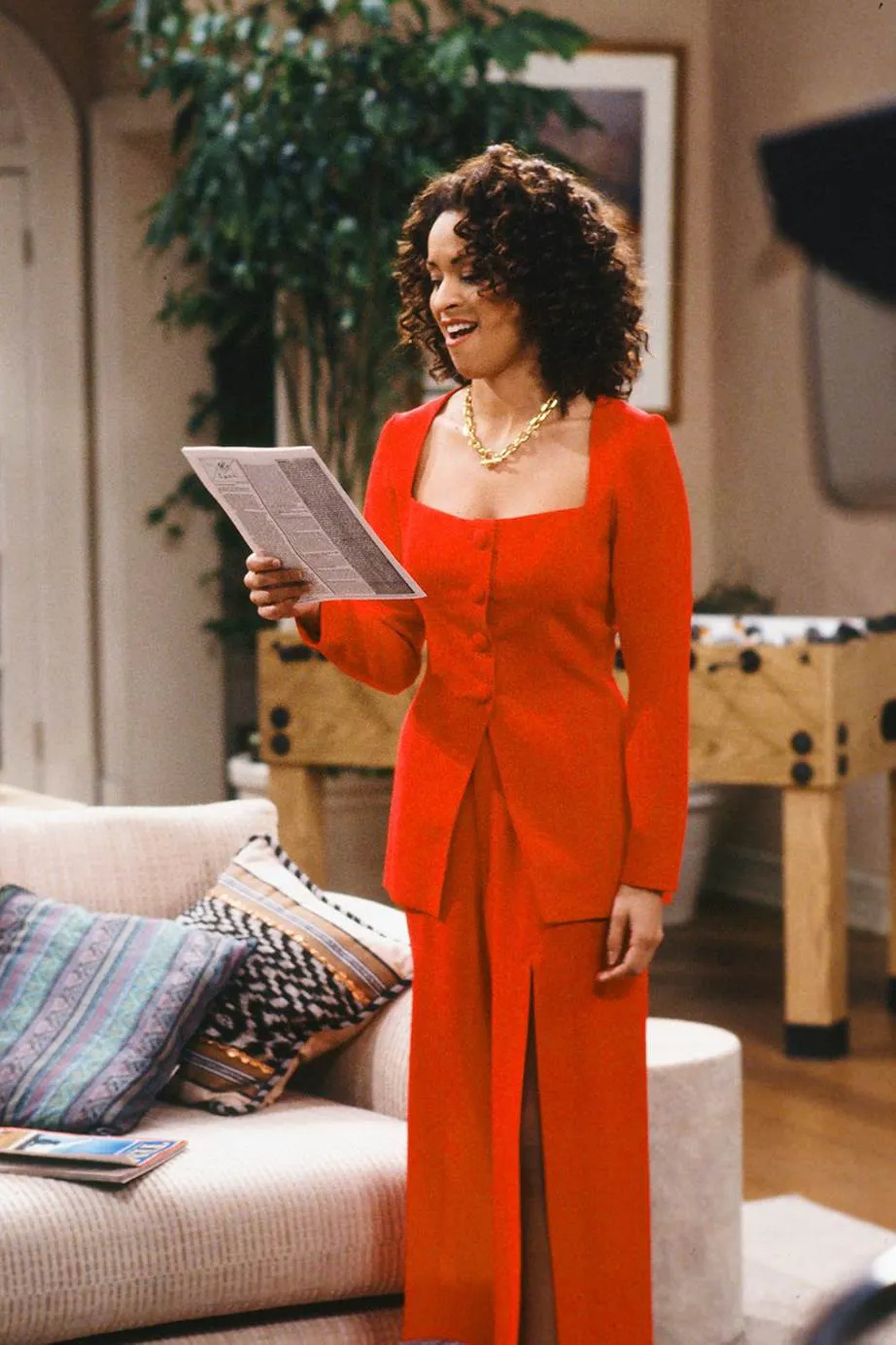 1623658302089277 1623274483 hilary banks fashion outfits icon 90s