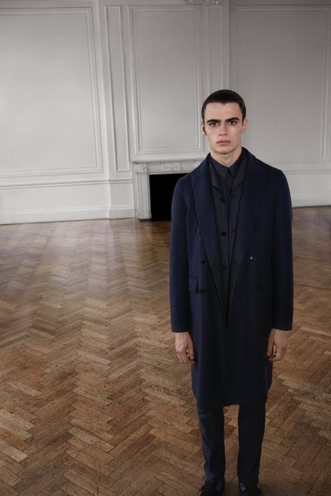 Burberry Autumn_Winter 2019 Pre-Collection MW Look 2.jpg
