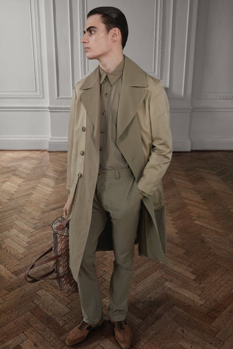 Burberry Autumn_Winter 2019 Pre-Collection MW Look 3.jpg
