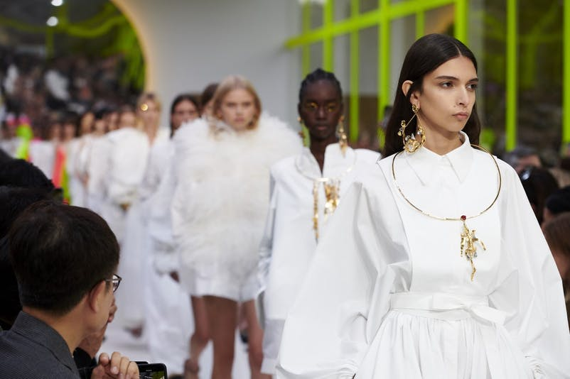 thumbnail_Valentino PAP SS20 finale (2).jpg
