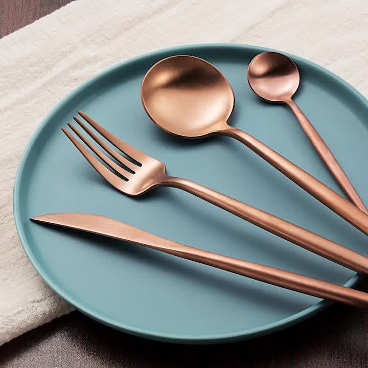 Rovenna Cutlery Set - rose gold AED195.jpg