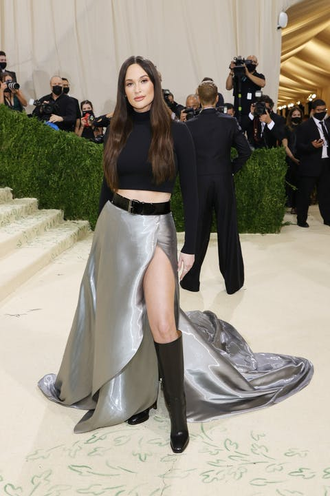 Ralph Lauren dressed Kacey Musgraves in a classic two-piece set.jpg