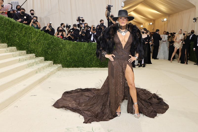 Only Jennifer Lopez could make a Western-inspired Ralph Lauren ensemble look this glam..jpg