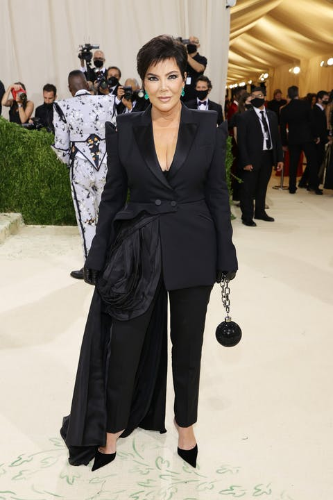 Kris Jenner's Tom Ford suit is fresh from his spring 2022 show last night..jpg